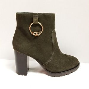 Tory Burch Heeled Booties Size 9